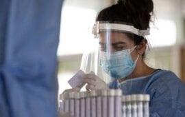 Κορονοϊός: Πόσο διαρκεί τελικά η ανοσία μετά την ανάρρωση ενός ασθενή;