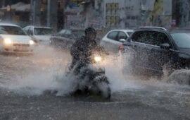 Επελαύνει η κακοκαιρία: Προβλήματα στην Αττική – Πλημμύρες σε Κέρκυρα, Κεφαλονιά, Χαλκιδική