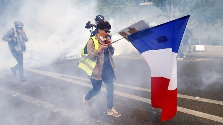 W05 171427w11194513YellowVests16