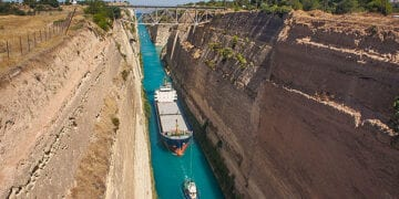 004 Ships Crossing The Canal Of Corinth 360x180
