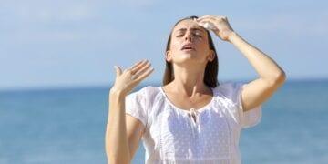 210622160527 Woman Heat Hot Summer 768x432 1 360x180